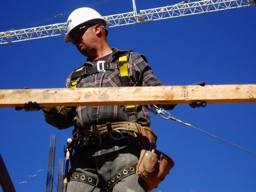 Laborer with Fall Protection - San Francisco, California