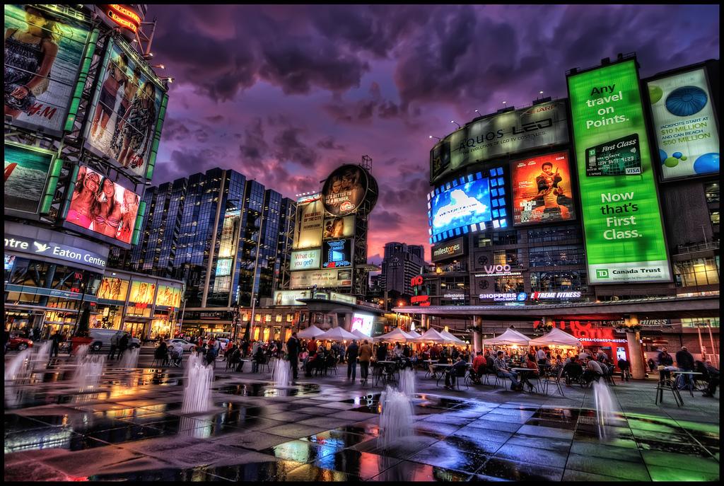 Toronto Yonge-Dundas Square